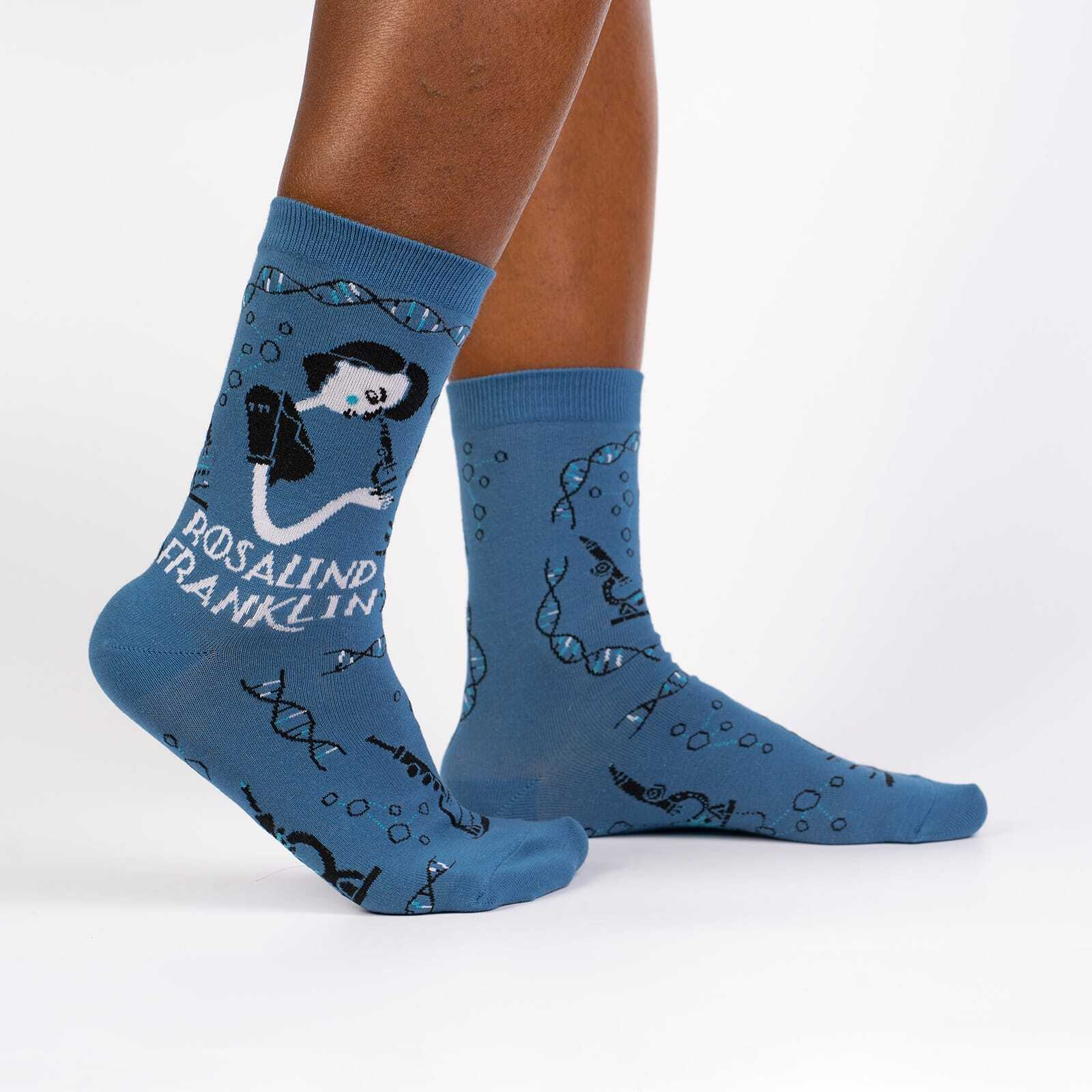 Rosalind Franklin - Famous Science Feminist Icons Crew Socks Blue - Women's in Blue