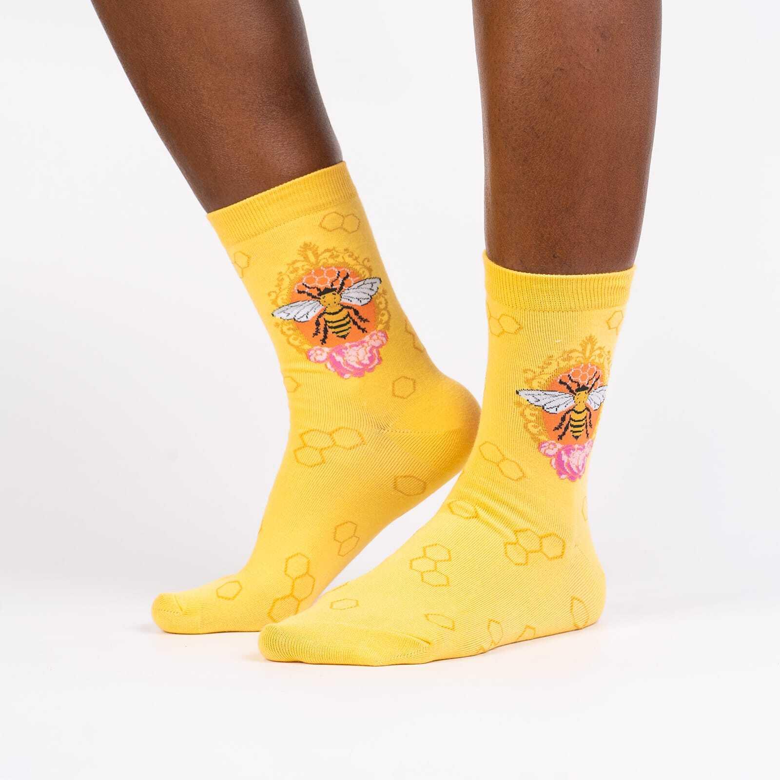 Queen Bee - Animal Crew Socks Yellow - Women's in Yellow