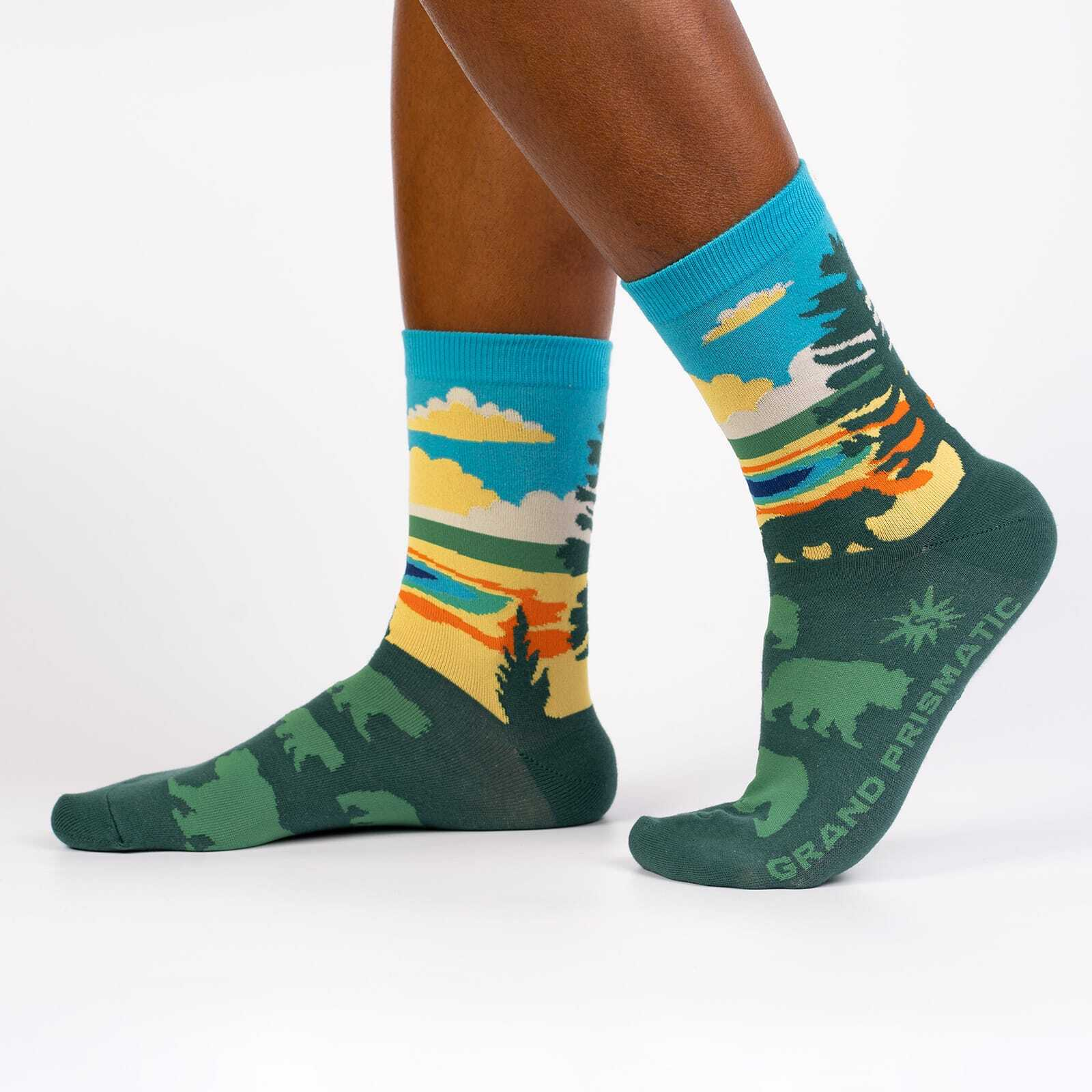 Grand Prismatic - Road Trip Travel Crew Socks Green - Women's in Green